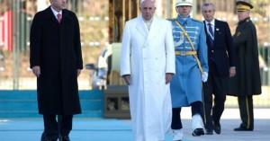 el-papa-francisco-inicio-su-visita-turquia